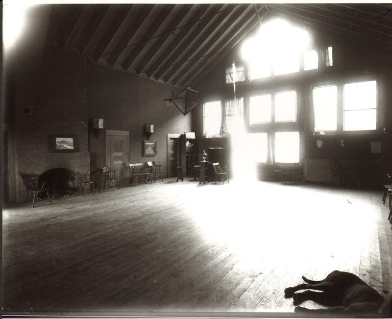 The Studio, Interior